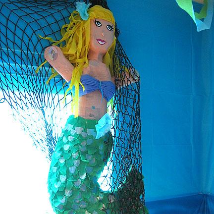 mermaidpinata.jpg